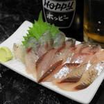 きよし - 料理写真:2012.8 とびうお刺(200円)刺身が200円という驚異的価格