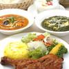 アショカ - 料理写真:お料理は、贅沢なまでに香辛料を使って焼かれた「タンドリー」料理や本場インドと同様にスパイスを贅沢に使った本格的カレー料理など、