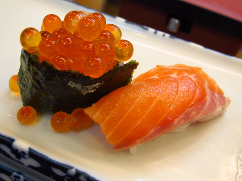 https://tabelog.ssl.k-img.com/restaurant/images/Rvw/14336/14336244.jpg