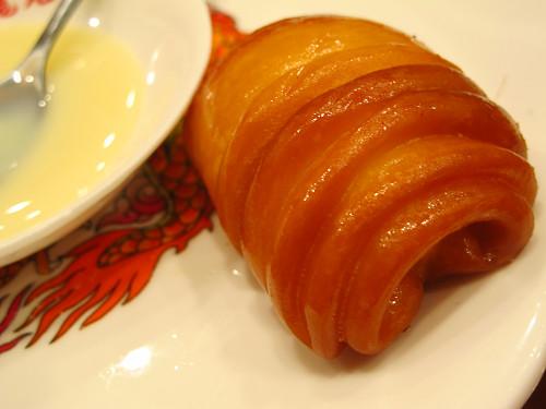 https://tabelog.ssl.k-img.com/restaurant/images/Rvw/14338/14338411.jpg