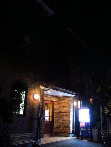https://tabelog.ssl.k-img.com/restaurant/images/Rvw/14340/14340137.jpg