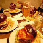 Hungry Heaven - ハンバーガーたち