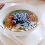 恵泉 - ランチのスープ麺(海鮮)
