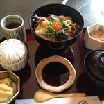 加賀屋 - 料理写真:海鮮あぶり丼 1800円