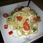 プラセボ - トマトと鶏肉の冷製パスタ