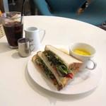 スーホルムカフェ - 夏野菜グリルのサンドのセット
