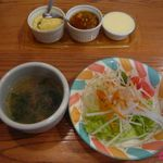 Monte bianco - スープとサラダ