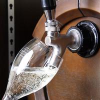乾杯は人気の!生樽スパークリングワインを是非☆