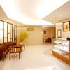Sun-mi高松 - 内観写真:伊藤朱子先生のデザインによる受付 フロント