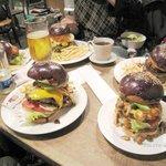 Hungry Heaven - '09/04