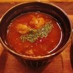 カレー アンド サンズ - 牛スジのチリトマト煮込み
