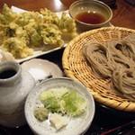 ぼっち - ぼっち蕎麦・小盛、&、フキノトウの天ぷら
