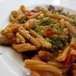 ナポリ、アマルフィ料理 Ti picchio - なすとトマトソースのカサレッチ