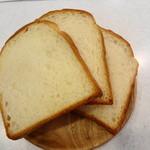 箱根ベーカリー - 食パン