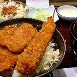 タレカツ - 海老とカツの丼セット