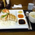 鳥めし 鳥藤 - シンガポールチキンライス