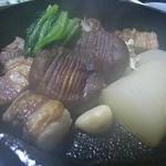 ふく田 - ダッチオーブンの黒豚
