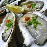 ふく田 - 殻付牡蠣