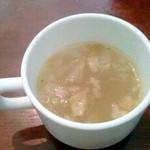 タベルナ・ラ・グロッタ - 優しい味のスープです。