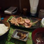 ゴリラ食堂 - 生姜焼き定食