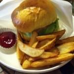 グッドウッドテラス - 4回目9/12クーポン チキンのハンバーガー