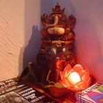 チープトリック - インドの神様ガネーシャがお出迎え