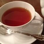 馬車道十番館 - 紅茶をレモンANDオレンジスライスで