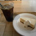 ブックオフカフェ 白金台店 - ケーキセット