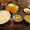 公楽 - 料理写真:メンチカツ定食 700円