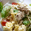 ゴロシタ - 料理写真:蒸し鶏と水菜のおろし玉ねぎペペロンチーノ