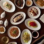 紫玉蘭 - 小皿料理を中心なので、タパス感覚でお召し上がりください。