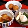 梟庭 - 料理写真:カニ真丈と松茸のお椀・豚の角煮・里芋田舎煮