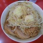 用心棒 本号 - ワンコインラーメン500円と豚