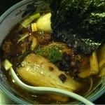 めじろ - 特製醤油ラーメン(950円)
