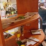 (食)ましか - 2階建てテーブル