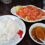 新華苑 - 料理写真:エビチリ定食