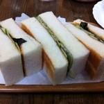 しゃん - のりトースト(モーニングでは飲み物にプラス250円で食べられます)