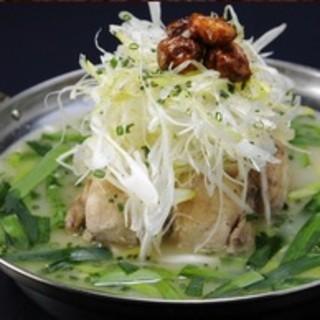 参鶏湯をメインとした、飲み放題付き宴会コース予約承ります!