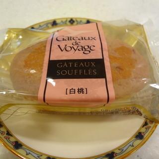 ガトー・ド・ボワイヤージュ - 料理写真:白桃のスフレ