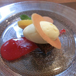レストラン エスカリエ - ガトーショコラとバニラアイス