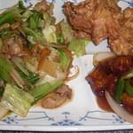 中華料理 桃園 - 野菜炒め、唐揚げ、酢豚
