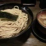 15103517 - デフォのつけ麺大盛二玉680円也コスパ優秀