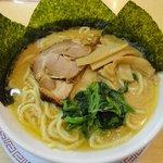 とん壱 - 醤油豚骨ラーメン:650円