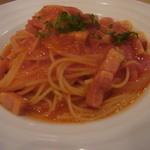 15125642 - ベーコンと玉ねぎのトマトソースパスタ
