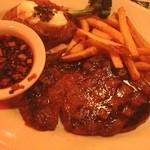アウトバックステーキハウス - 連休終わりはとりあえず肉。アンガスリブステーキをレアで。