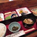 魚菜おかずいろいろ - 日替わり弁当