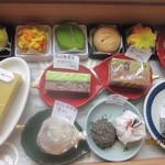 喫茶室 きっさこ - お菓子箱ーー!