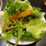 15264849 - 野菜サラダとドリンクをお代わり