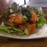 ええとこ - トマトとアボガドサラダ