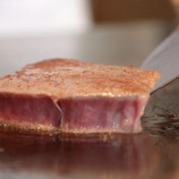 世界の舌を魅了する神戸ビーフをご堪能ください。